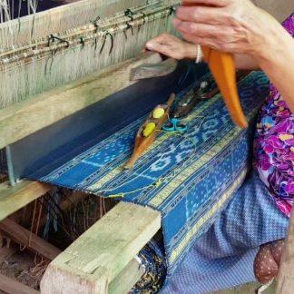Handgemaakte sjaals uit: