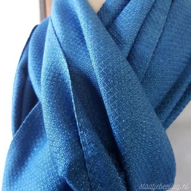 lichtblauwe indigo sjaal